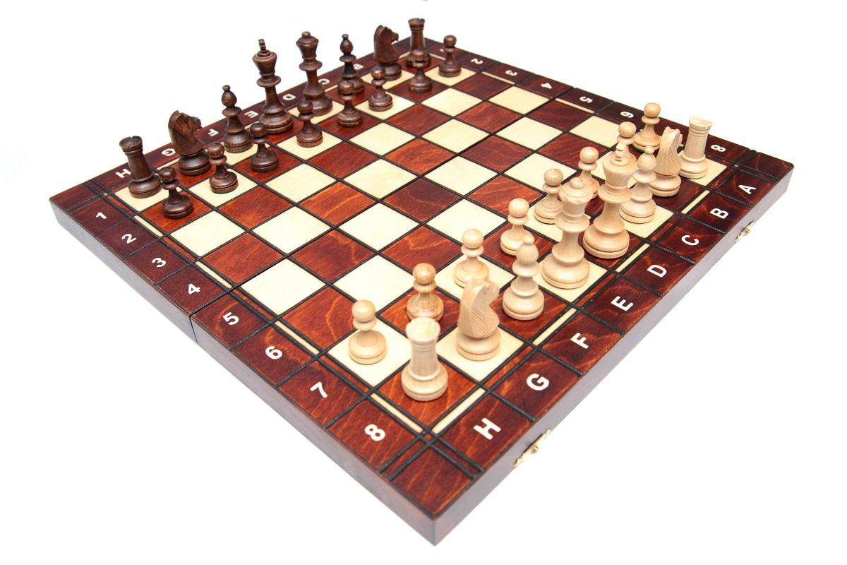 Сделать шахматы из дерева своими руками 12
